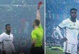 Kuriozas Lenkijoje: antrą geltoną kortelę gavęs futbolininkas po VAR peržiūros dar kartą išvarytas iš aikštės