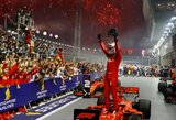 """Trečias lenktynes iš eilės laimėjusi """"Ferrari"""" pasiekė 11 metų neregėtą rezultatą"""