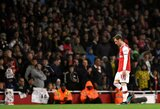"""Buvęs """"Arsenal"""" futbolininkas Ch.Nicholasas įvardijo priežastį, kodėl M.Ozilas nerungtyniauja"""