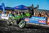 """""""Aras Challenge: Stunt Art 2019"""" lankytojai gėrėjosi neįtikėtinais motoakrobatikos triukais"""