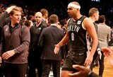 """""""Lakers"""" sukirto rankomis su J.Dudley"""