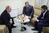 C.Nurmagomedovo tėvas sulaukia visos įmanomos geriausios pagalbos: UFC čempionui ne kartą skambino V.Putinas