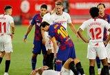 """Pamatykite: įsiutęs L.Messi kibo į atlapus """"Sevilla"""" gynėjui"""