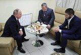 """Nurmagomedovų šeimos bičiulis apie tragediją: """"Jie netgi bandė susisiekti su Putinu"""""""
