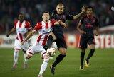"""Europos lyga: """"Arsenal"""" tik rungtynių pabaigoje palaužė mažumoje likusius serbus, """"Lazio"""" įveikė M.Balotelli vedamą """"Nice"""""""