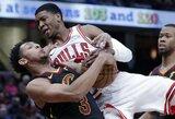 """""""Bulls"""" nutraukė dešimties iš eilės pralaimėjimų seriją"""