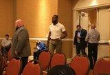 Pirmas žingsnis žengtas: Kalifornijos valstijos atletikos komisija J.Jonesui atšaukė licenciją ir skyrė piniginę baudą