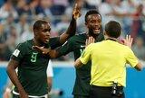 Nigerijos rinktinės žvaigždės mano, kad teisėjas atėmė jų vietą aštuntfinalyje, palygino žaidimą ranka su epizodu iš Portugalijos rungtynių