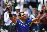 """R.Nadalis """"French Open"""" turnyre demonstruoja nepriekaištingą žaidimą, šeštoji pasaulio raketė krito trileryje"""
