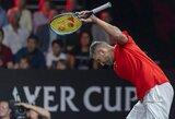 Raketę mėtęs N.Kyrgiosas neatsilaikė prieš R.Federerį, Europos rinktinė išsiveržė į priekį