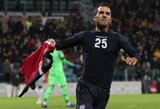 """Neįtikėtina: dvi raudonas korteles pridėto laiko metu gavę """"Cagliari"""" paskutinę akimirką atėmė pergalę iš """"Roma"""""""