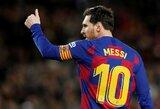 """L.Messi nusiskuto barzdą, o gerbėjai juokiasi: """"Be paso jam niekas neparduotų alkoholio"""""""