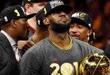 """L.Jamesas: """"2016 metais tapau geriausiu visų laikų krepšininku"""""""