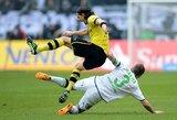 """""""Borussia"""" atsilikimas nuo """"Bayern"""" didėja iki 17 taškų"""