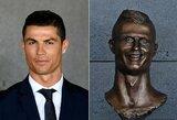 Kurio garsaus futbolininko skulptūra yra prasčiausia?