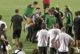 Pamatykite: C.Ronaldo išgąsdino apsauginį ant jo užšokdamas