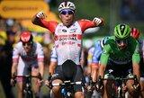 """Bendros įskaitos lyderiai atsikvėpė, """"Tour de France"""" etapą lygumose laimėjo C.Ewanas"""