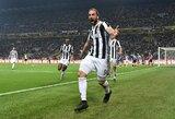 """Du įvarčius rungtynių pabaigoje pelnę """"Juventus"""" išsigelbėjo prieš vienu žaidėju mažiau turėjusius """"Inter"""""""