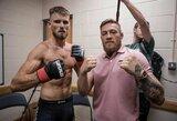 """C.McGregoro draugas ir treniruočių partneris užsiminė apie airio sugrįžimą: """"Jis treniruojasi kiekvieną dieną"""""""