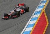 """J.Buttonas: """"Vaizdo įrašas parodo, kad S.Vettelio lenkimo manevras buvo atliktas ne pagal taisykles"""""""