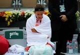 """""""Roland Garros"""" sensacija: V.Azarenka krito prieš antrojo šimtuko žaidėją (papildyta)"""