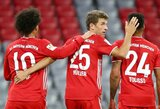 """Galingas čempionų startas """"Bundesligoje"""": 8 įvarčius pelnęs """"Bayern"""" nušlavė """"Schalke"""""""