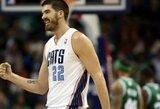 """B.Mullensas sukirto rankomis su """"Clippers"""""""