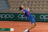 """L.Sonego ir T.Fritzas pagerino """"Roland Garros"""" visų laikų rekordą, S.Wawrinka sensacingai pralaimėjo, R.Nadalis lengvai žengė tolyn"""