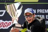 Fantastiškai spurtavęs V.Rossi laimėjo Katalonijos GP lenktynes, buvęs lyderis krito nuo motociklo