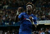 """Dviejų T.Abrahamo įvarčių """"Chelsea"""" pergalei nepakako: lygiąsias paskutinėmis minutėmis nulėmė įvartis į savus vartus"""
