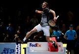 """Smūgis D.Medvedevo viltims: rusas pralaimėjo pirmą mačą """"ATP Finals"""" turnyre"""