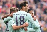 """Vokietijoje """"Borussia"""" paskutinę akimirką išleido pergalę iš rankos, """"Bayern"""" laimėjo išvykoje"""