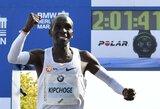 Kenijos stajeris pagerino pasaulio maratono bėgimo rekordą
