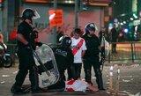 """Po """"Copa Libertadores"""" finalo – futbolo sirgalių siautėjimas ir agresija Buenos Airėse"""