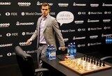 Šachmatų karalius liko savo soste: M.Carlsenas po pratęsimo apgynė pasaulio čempiono titulą!