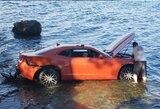 """NFL žaidėjas areštuotas: girtas su """"Chevrolet"""" įlėkė į ežerą"""