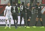 """""""Eintracht"""" namuose susitvarkė su """"Bayer"""" futbolininkais"""