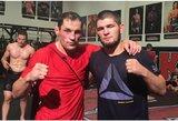 """Koronavirusas """"šienauja"""" sporto renginius: M.Žaromskio titulinė kova neįvyks, abejojama ir dėl C.Nurmagomedovo kovos"""