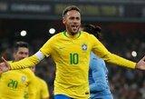 Neymaro įvartis padovanojo brazilams pergalę draugiškose rungtynėse prieš Urugvajų