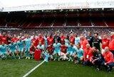 """""""Barcelona"""" ir """"Man United"""" legendų susitikime - įvarčių gausa"""