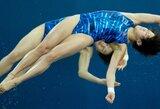 Kinijos sportininkės triumfavo olimpinėse sinchroninių šuolių į vandenį varžybose