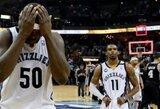 """Solo pasirodymą surengęs T.Parkeris tiesiausiu keliu atvedė """"Spurs"""" į NBA superfinalą"""