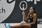 Latvė palūžo po teisėjos klaidos, 15-metė C.Gauff sensacingai triumfavo WTA turnyro finale