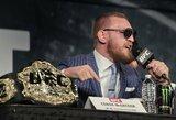 """UFC prispaustas C.McGregoras prabilo: """"Čempiono diržą be kovos atiduočiau tik su viena sąlyga"""""""