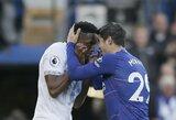 """Tik iš nuošalės įvartį mušę """"Chelsea"""" prarado du svarbius taškus"""