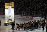 """Praėjusių metų NHL čempionų šventė nesugadinta: naują sezoną """"Penguins"""" pradėjo sunkia pergalę po baudinių serijos"""