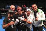 JAV profesionalų bokso ringe debiutavęs V.Stapulionis nokautavo amerikietį