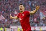 """Nesustabdomas R.Lewandowskis prisidėjo prie dar vienos """"Bayern"""" pergalės Vokietijoje, """"Borussia"""" sužaidė lygiosiomis"""