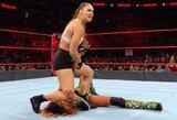 Pamatykite: buvusi UFC čempionė R.Rousey šėlo WWE ringe ir iškovojo pirmą pergalę
