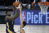 """""""Pelicans"""" treneris paaiškino sprendimą Z.Williamsonui leisti žaisti 15 minučių"""